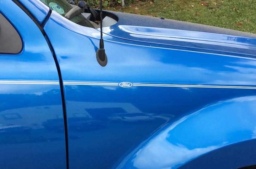 violassi striping company ford escape logo emblem decal pin stripe kit rh pinstripekits com Ford Ranger Rally Truck Ford Ranger Truck Graphics
