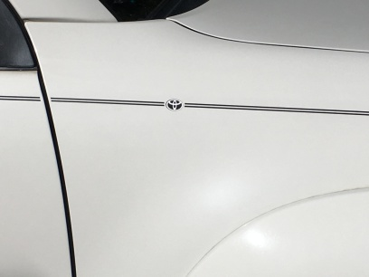 Toyota Camry Corolla Rav4 Tundra Tacoma 4Runnner Highlander vinyl pinstripe emblem stripe logo decal graphic
