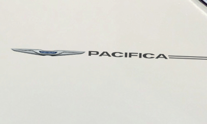 Chrysler 200 300 Pacifica Town and Country decal vinyl pinstripe emblem stripe logo decal graphic graphics decals